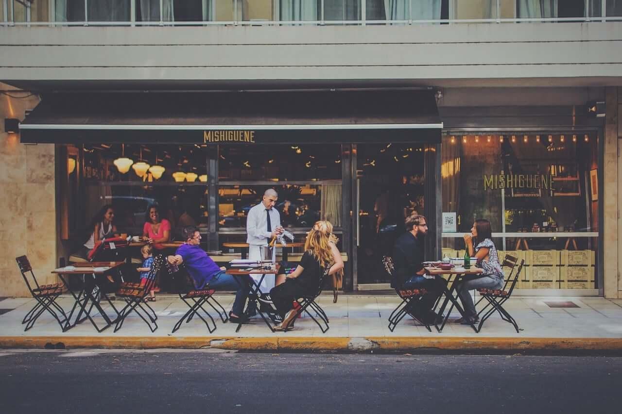 Cómo contratar y retener al mejor personal del restaurante